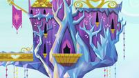 Castle of Friendship pan down S4E26