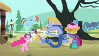 Discord blowing nose S4E11