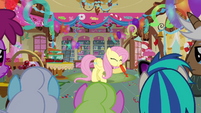 Fluttershy blowing up a balloon S3E13