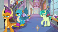 Sandbar notices Smolder and Gallus leaving S8E1