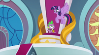 "Twilight ""some royal errands to run!"" S9E24"
