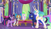 Twilight --And be there for Spike-- S6E5