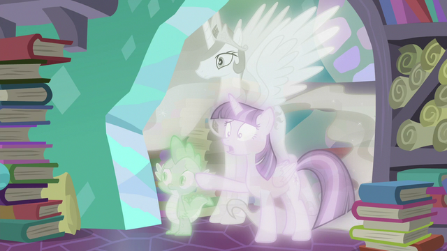 "File:Twilight Sparkle ""don't do it!"" S7E1.png"