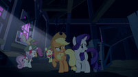 AJ, Rarity, and CMC scared of the zombies S6E15