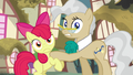 Apple Bloom and Mayor Mare hear twittermites S5E4.png
