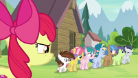 Apple Bloom watches Rumble leave with campers S7E21