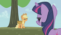 Applejack about to collapse S1E04.png