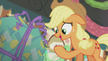 Applejack reads Pinkie's card S5E20.png