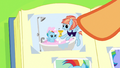 Photo of Windy Whistles giving Rainbow a bath S7E7.png