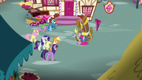 Pinkie's friends meet her outside her house S8E18