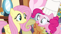 Pinkie Pie 'Can't tell ya that, silly!' S4E18