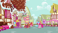 Pinkie watching Big McIntosh carrying cake S2E24