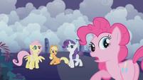 Ponies hear Twilight's voice S1E02