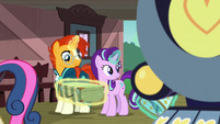 Starlight and Sunburst put Sunburst's bags on the train S7E24