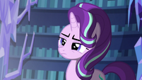 Starlight looking at the flash of light S6E21