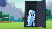 Trixie appears in the black box S6E6