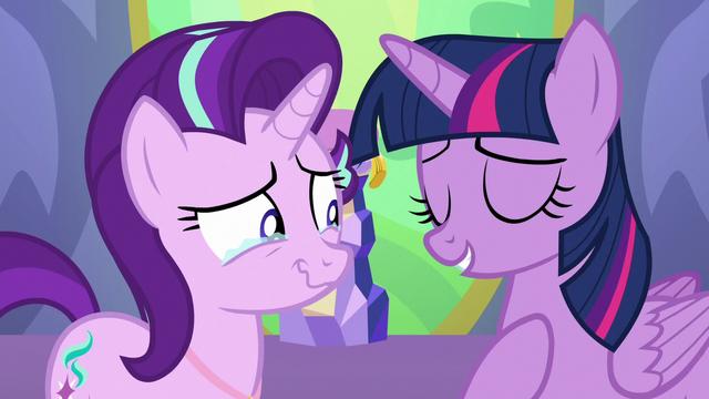 """File:Twilight Sparkle """"I know, I measured"""" S7E1.png"""