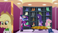 Twilight running behind a curtain EG