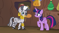 Zecora giving Twilight a potion S5E22