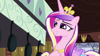 Cadance insincerely calling the apple fritters delicious S2E25