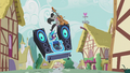 "Octavia and DJ Pon-3 ""jump the shark"" S5E9.png"