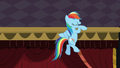 Rainbow does her little dance again S5E15.png