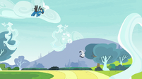 Rumble falling backward under Thunderlane S7E21