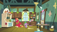 Spike and Big Mac in a messy kitchen S8E10
