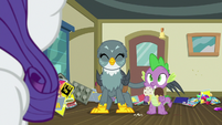 Spike and Gabby standing side by side S9E19