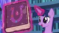 "Twilight ""don't judge a book by its cover"" S7E14"