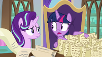 "Twilight ""you say Twilight-ing, too?"" S9E1"