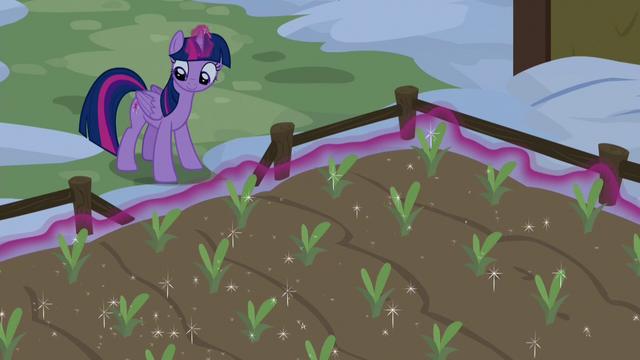 File:Twilight magically growing Yakyakistan plants S7E11.png