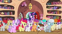 Twilight with crowd of Ponyville foals S4E15
