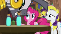 Zecora sets shampoo bottle on the table S7E19