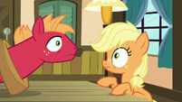 Applejack and Big Mac hear a knock at the door S6E23