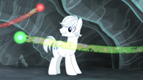 Double Diamond watches the cutie marks fly S5E2