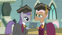 Maud Pie receiving her rocktorate S7E4
