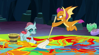 Ocellus and Smolder clean off the paint S9E3