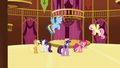 """Pinkie """"then a right, then another right"""" S5E19.png"""