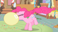 Pinkie Pie blowing a balloon S1 opening