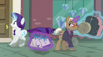 Rarity screeching past Bracer Britches S8E4