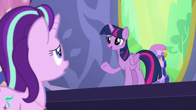 """File:Twilight """"your future's in your own hooves"""" S7E1.png"""