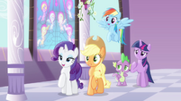 Twilight and friends amused by Pinkie S4E01