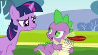 Twilight talking to Spike S2E22