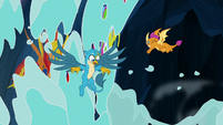 Water washes over Gallus, Smolder, and murals S9E3