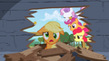 Applejack makes a mess S1E18.png