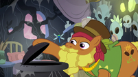 Cattail sees a dragonfly fly out of the pot S7E20