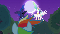 Celestia and Luna descend from night sky S9E13