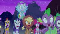 Main cast spooked by Granny Smith S5E21