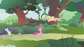 Others leaving Pinkie alone S01E10.png